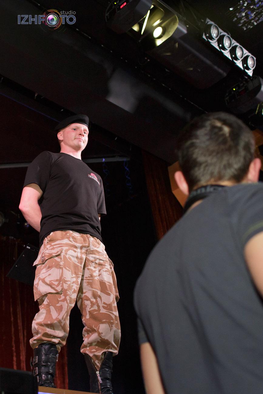Фотографии с боев без правил в Ижевске