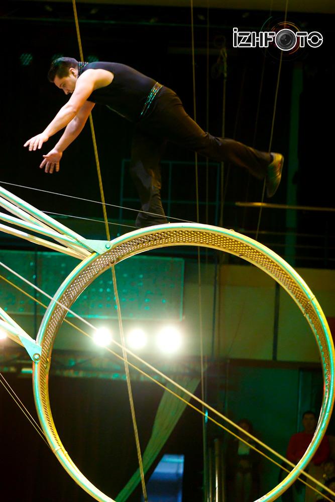 Артисты цирковой семьи Гартнер Германия Фото
