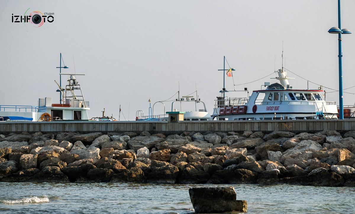 Порт Айя-Напы  Кипр Фото