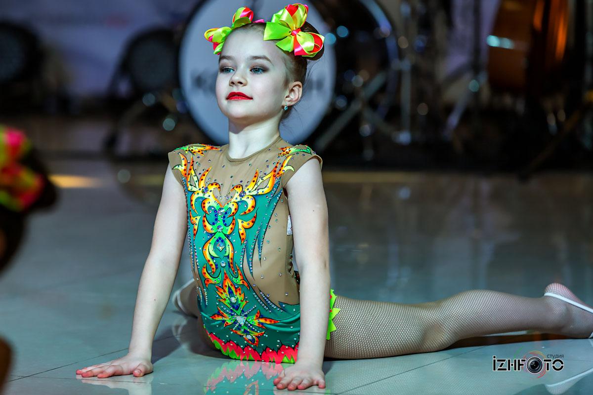 Фото выступления театра танца Павлин Ижевск