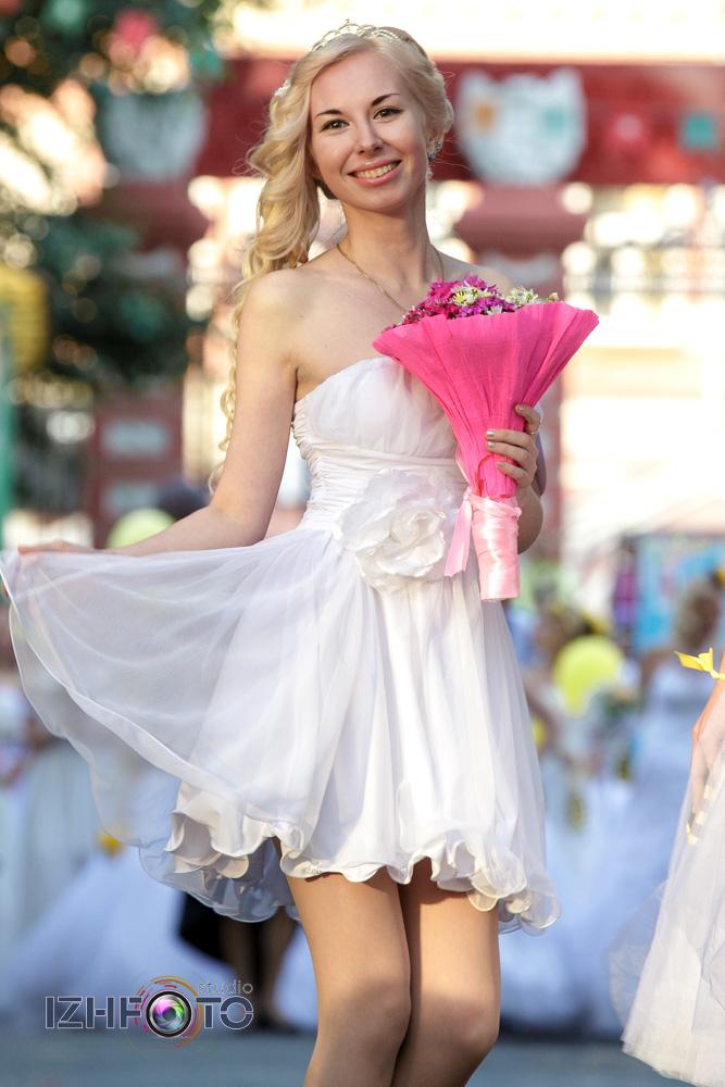 Фото невест в платьях
