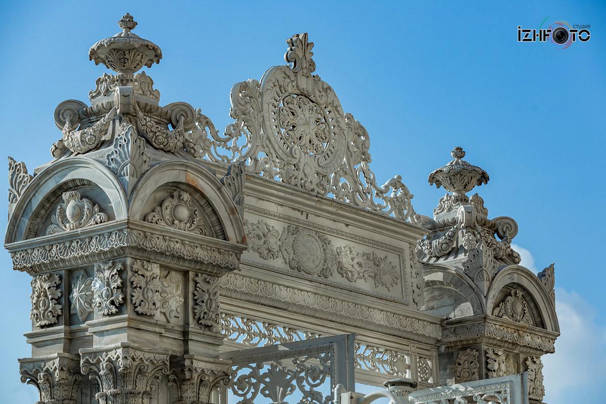 Фото Мраморные ворота Долмабахче Стамбул