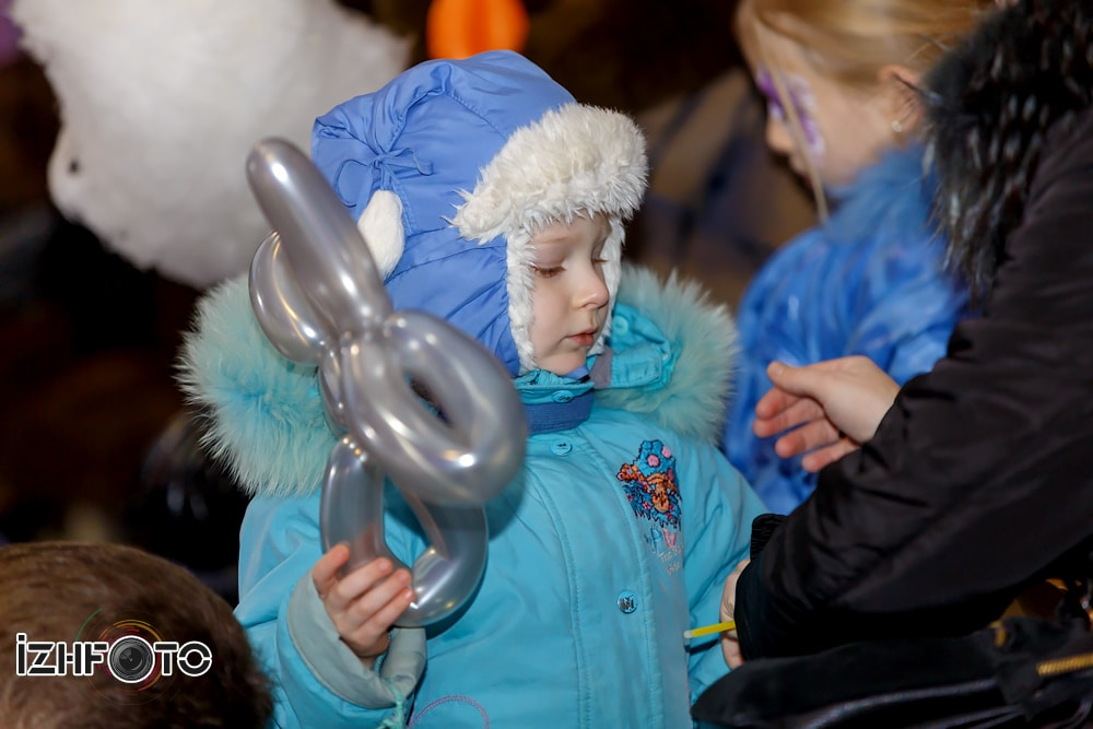 Новогодний праздник для детей Ижевск