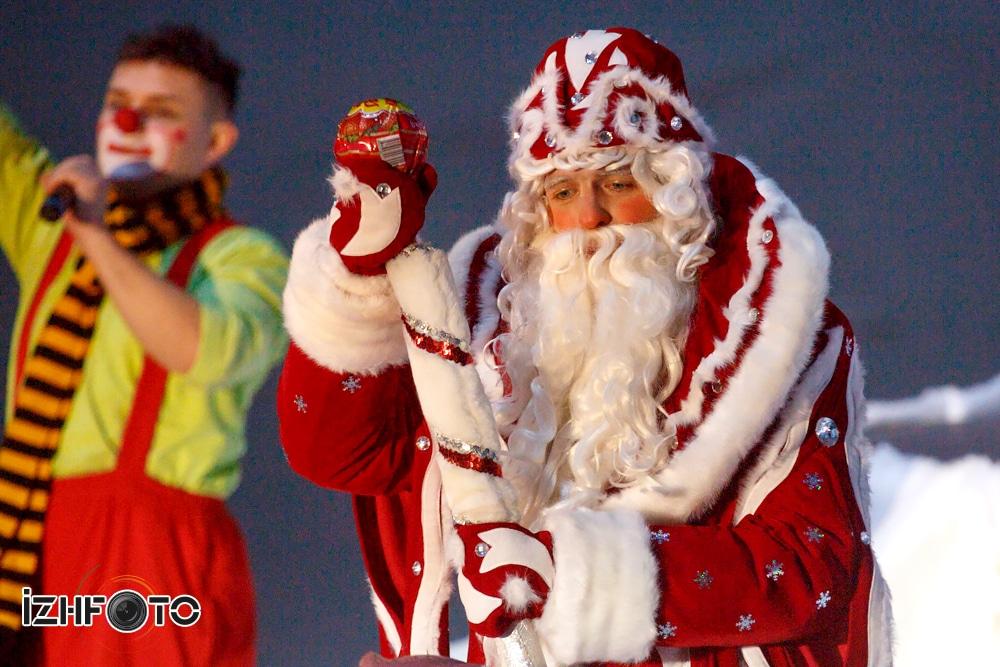 Благотворительная елка к Новому году Ижевск