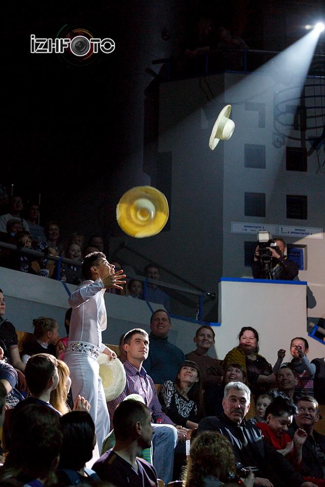 Хуан Пабло Мартинес, жонглер, Мексика Фото
