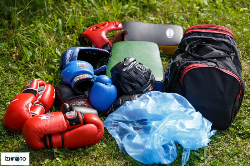 Тренировки по самообороне Фото