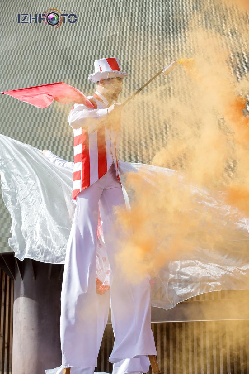 Огненно-танцевальное шоу Цирк