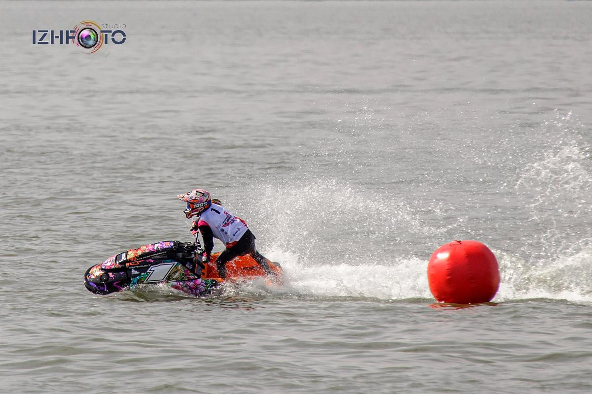 Водно-моторные виды спорта Фото