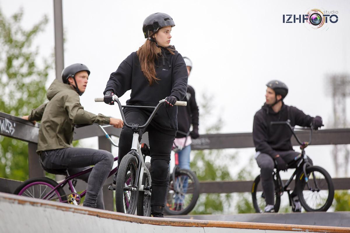 Bicycle MotoX Photo