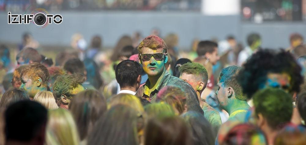 Фестиваль красок Холи Фото