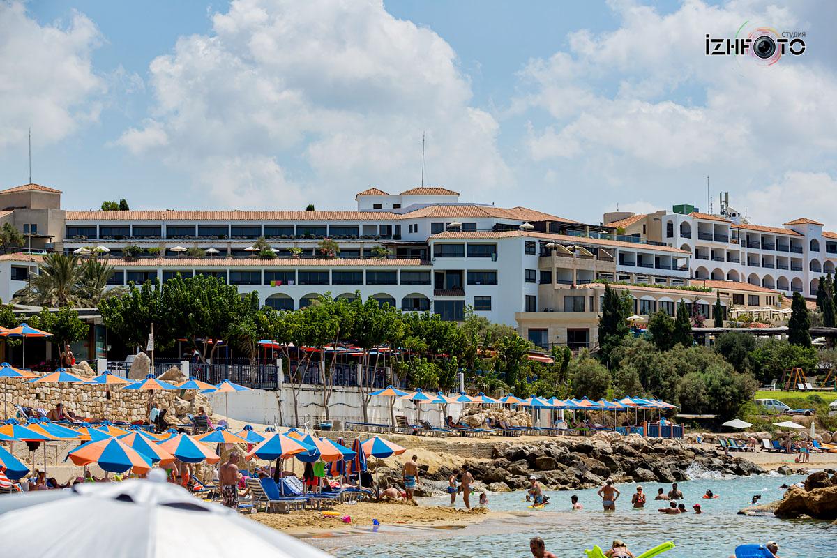 Фото пляжа Coral Bay Пафос