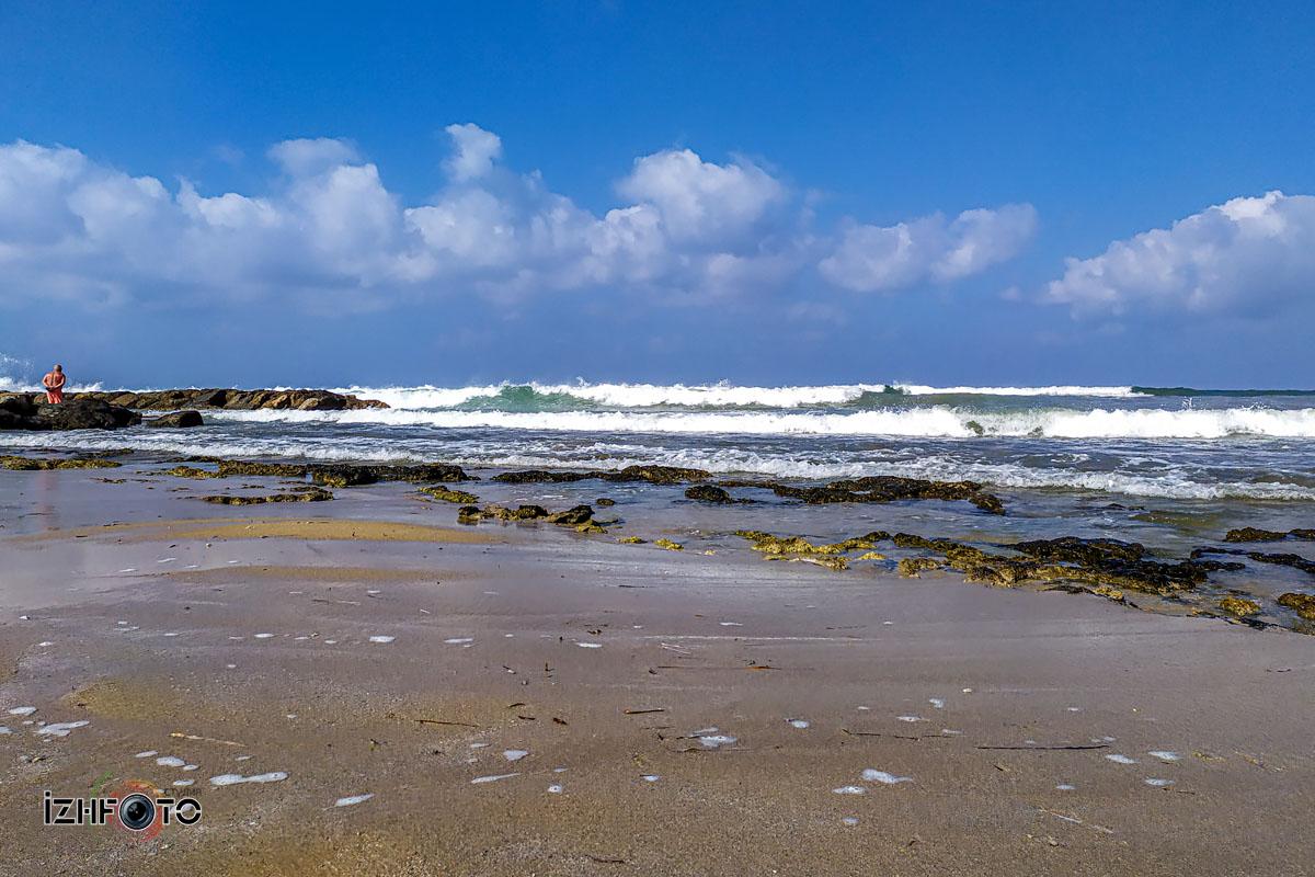 Пляжи у отелей в районе Poseidonos Ave Paphos
