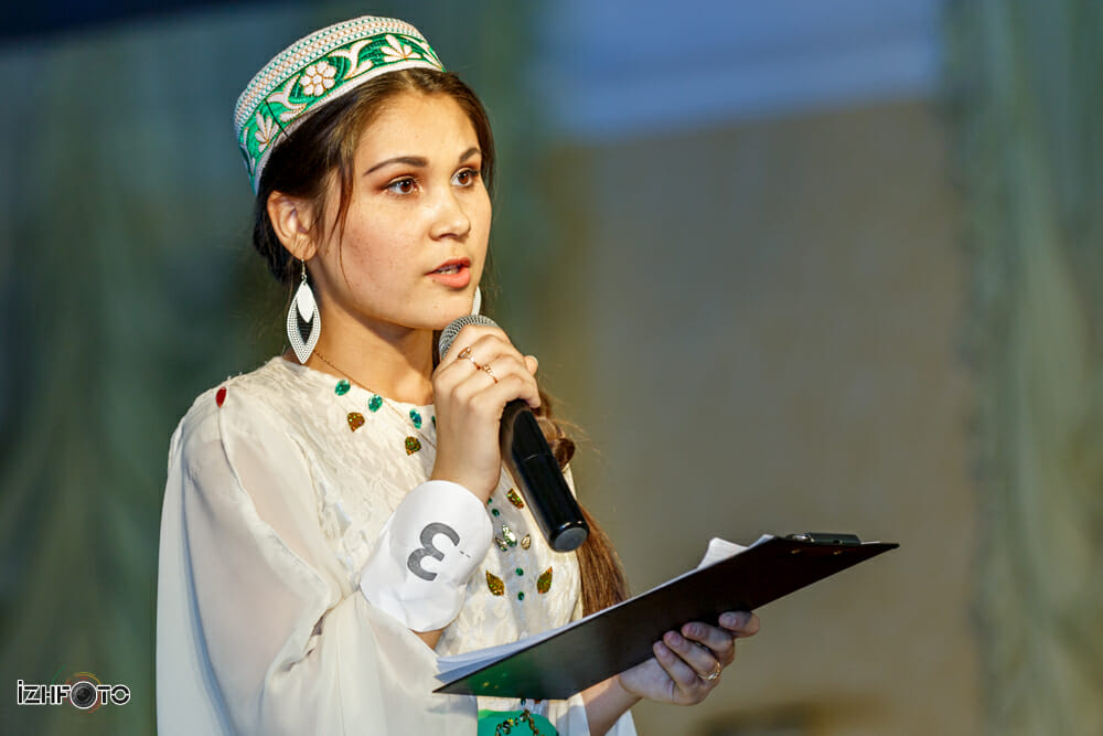 Айгуль Мулланурова