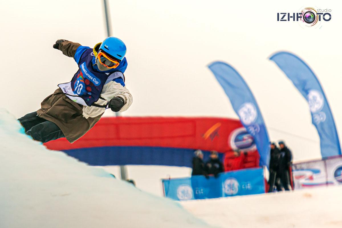 Соревнования по сноуборду в Чекериле