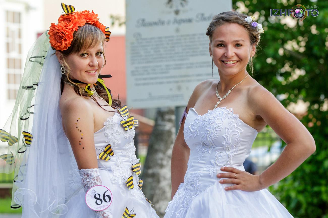 Платья подружек невесты фото