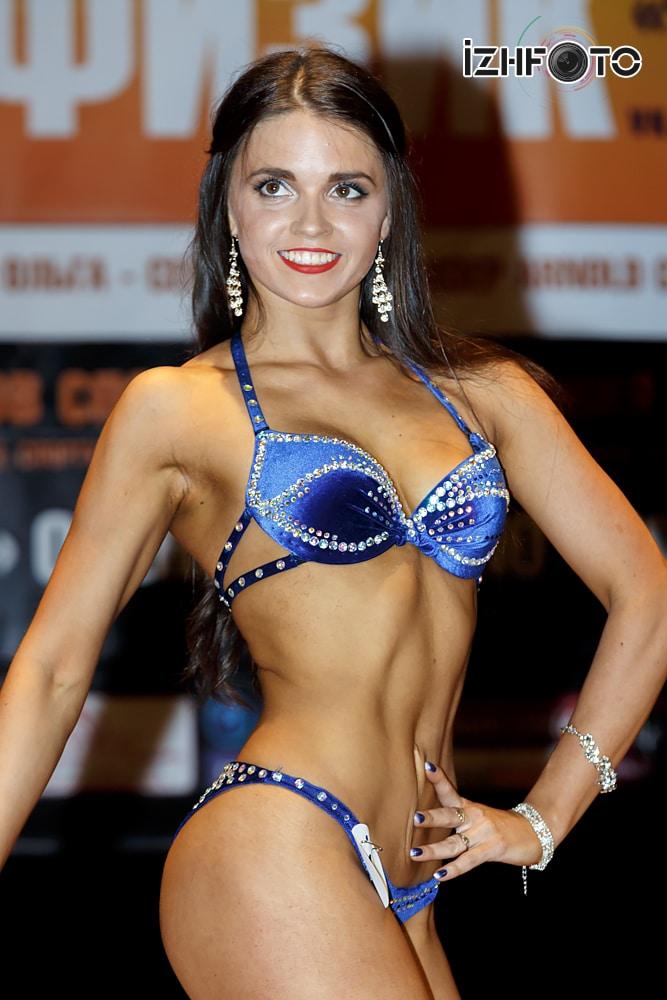 Мисс бикини Чемпион Фото
