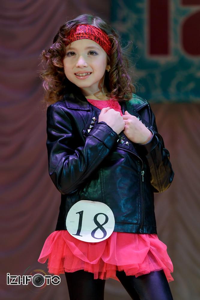 Визитки участниц конкурса юных мисс