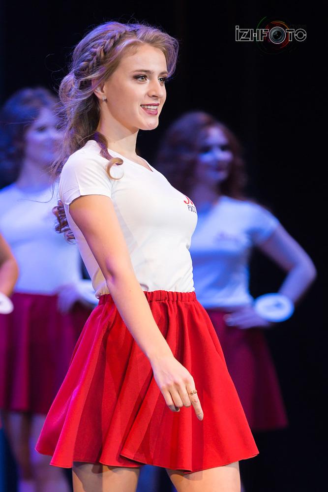 Участницы кастинга Мисс Русское Радио