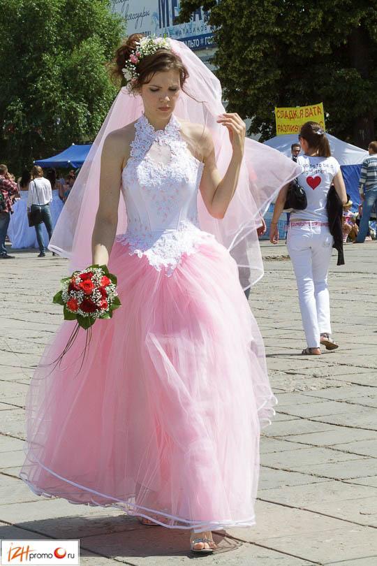 Фото невесты платье