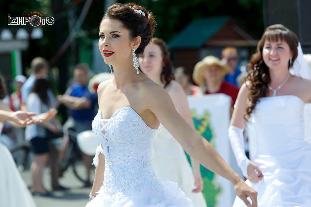 Праздник невест Фото