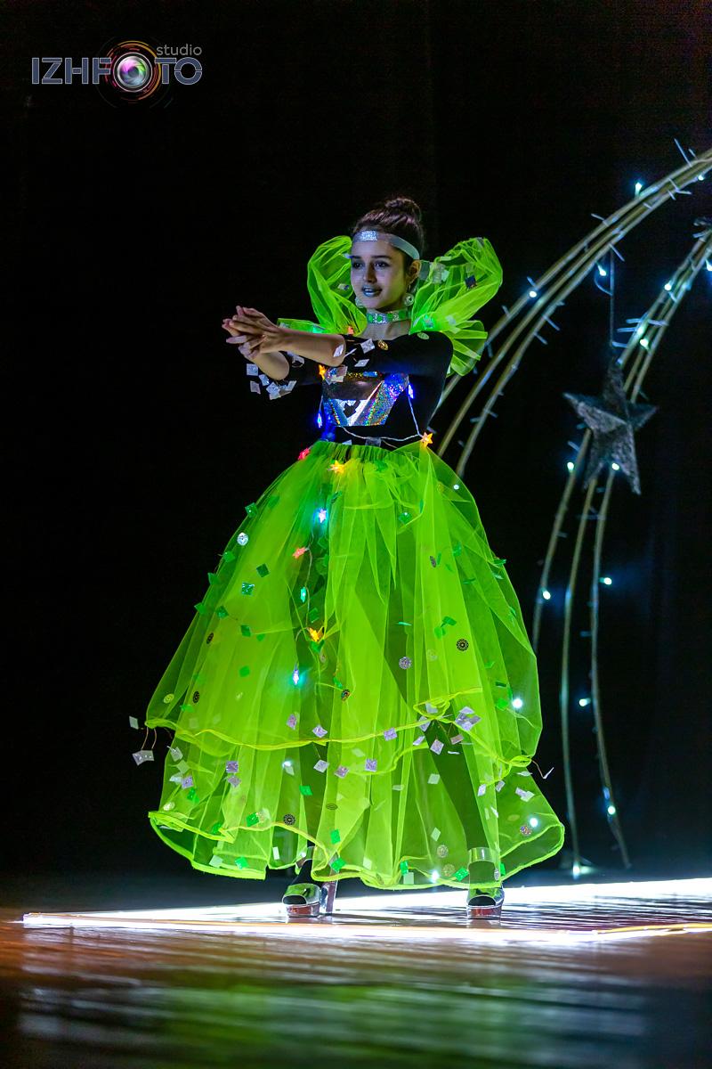 Фото позирование на конкурсе Мисс Фэшн 2020