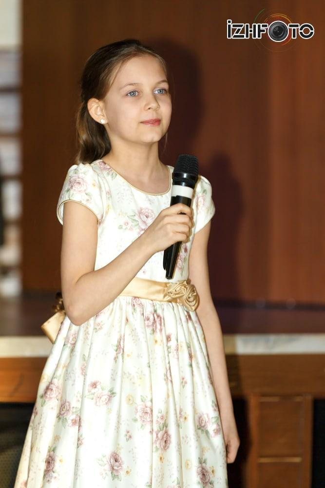 Юная красавица в Ижевске