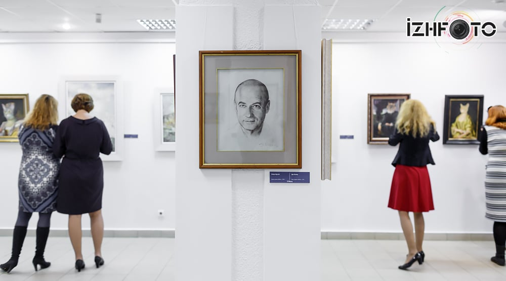 Выставка Никаса Сафронова в Ижевске