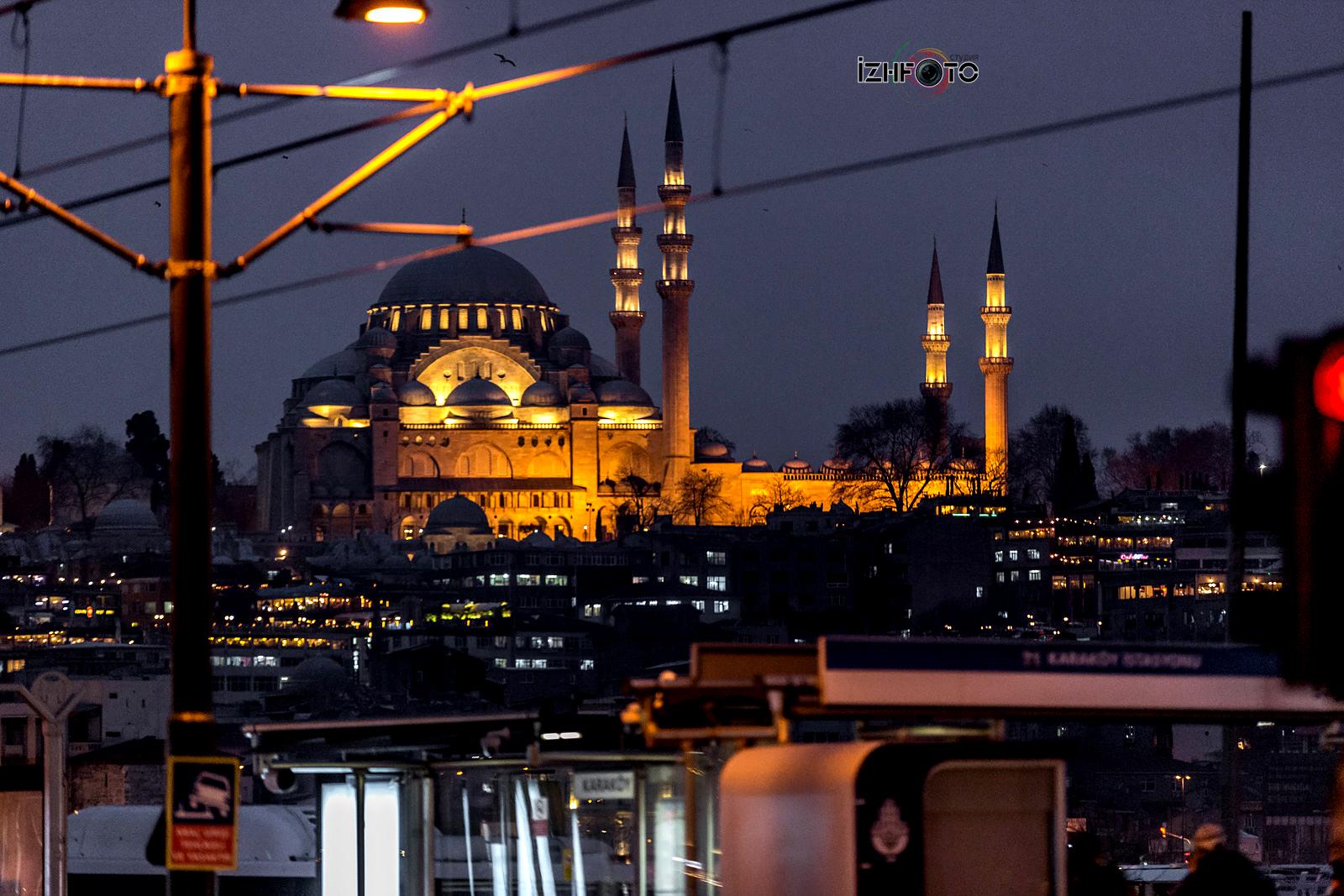 Фотографии с прогулок по ночному Стамбулу