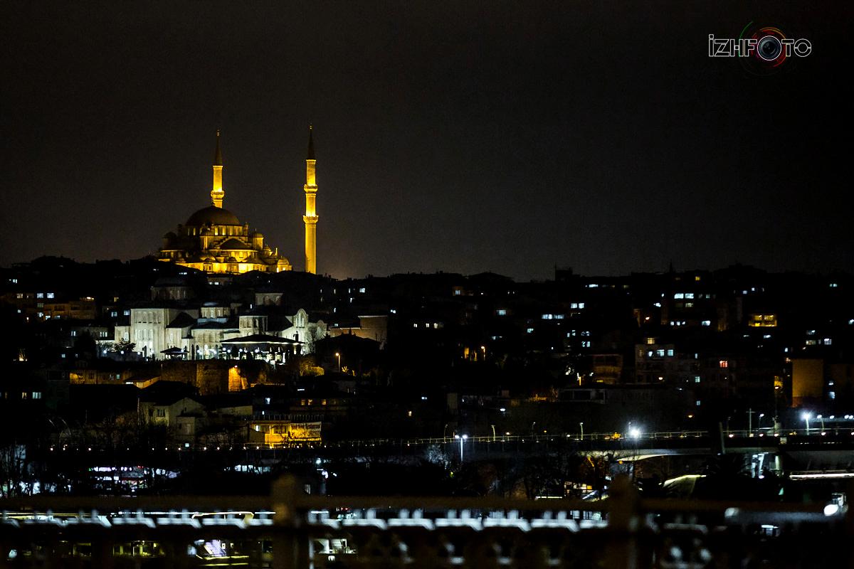 Фотографии ночного Стамбула