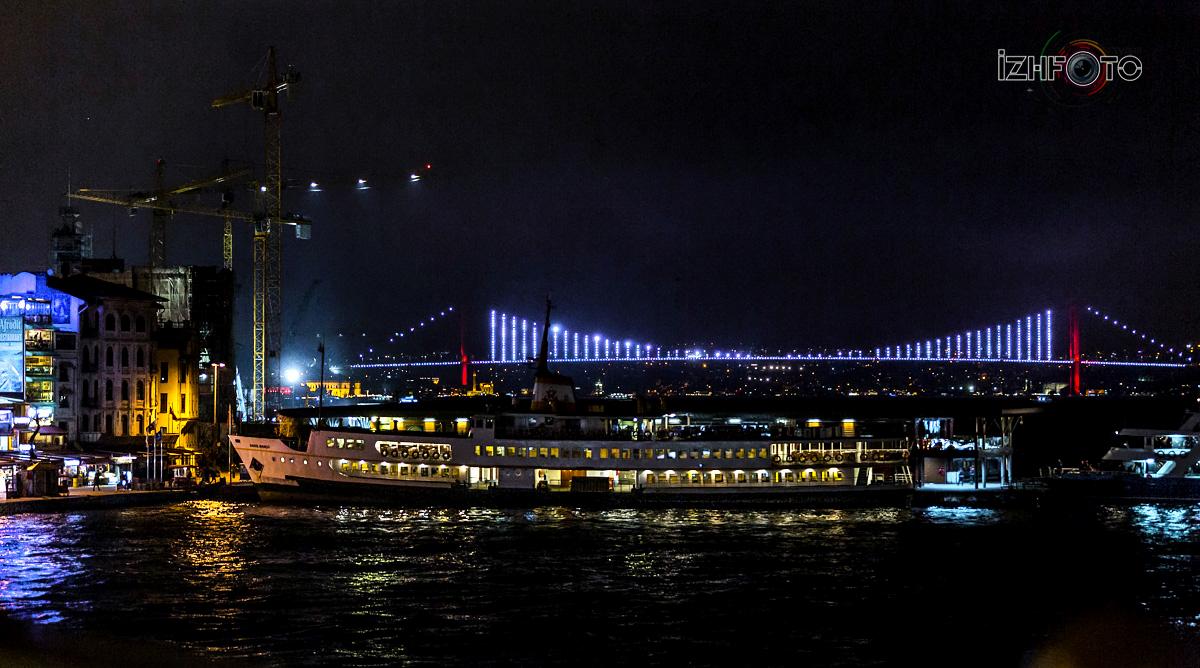 Фотографии мостов в Стамбуле ночью