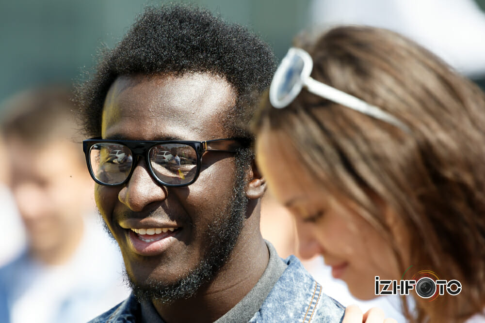 Модные солнечные очки