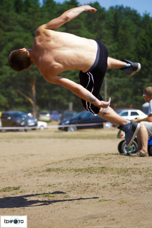 Тренировки по паркуру Фото