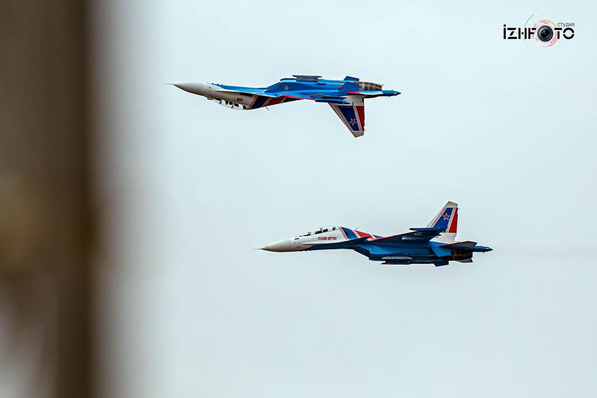 Полеты Русских витязей в Ижевске