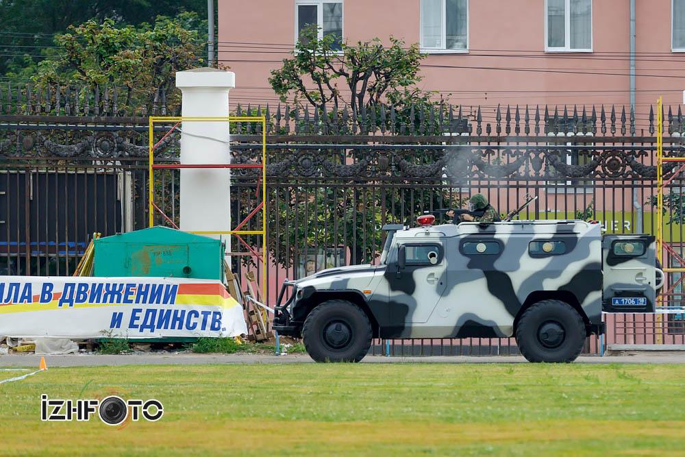 Показательные выступления спецназа МВД УР