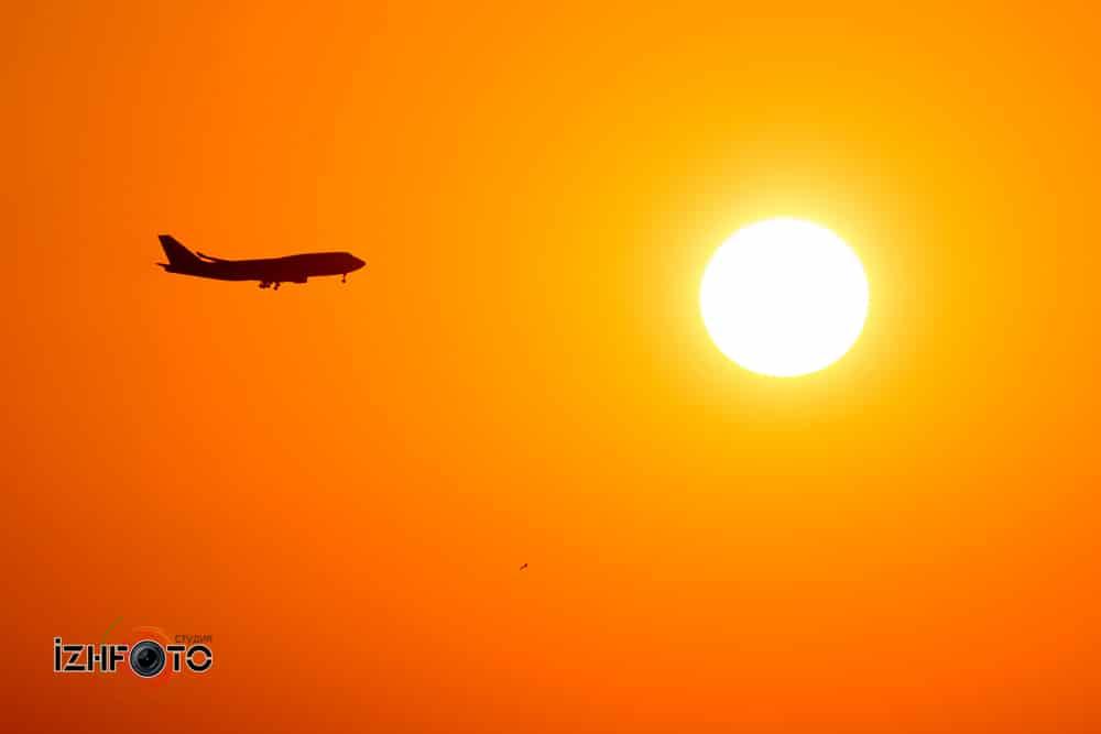 Посадка самолетов в аэропорту Адлер