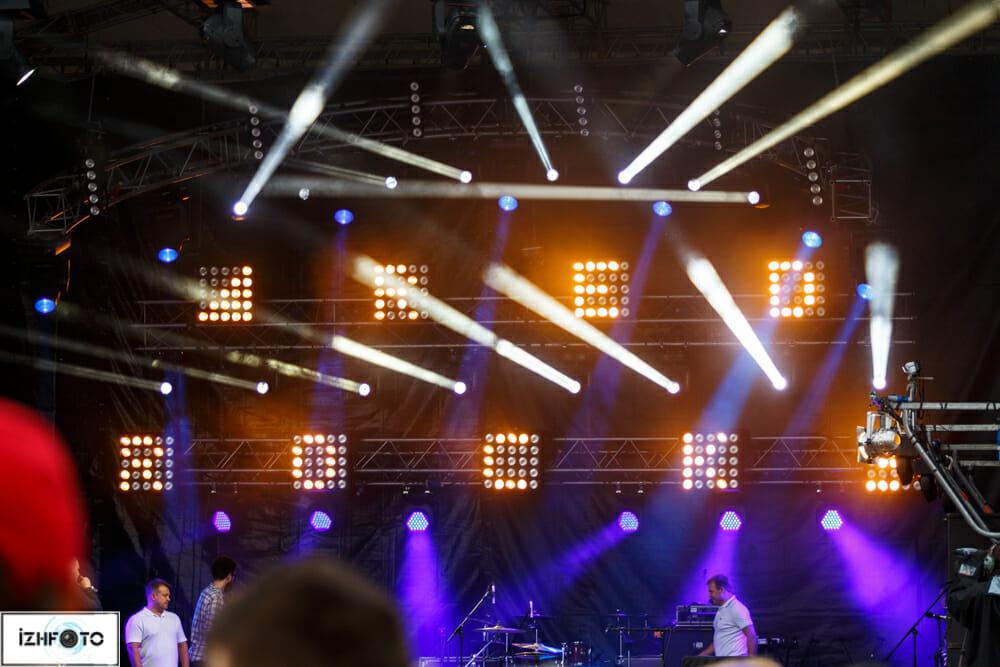 Столица Удмуртии исполняет Гимн Болельщиков «Сочи 2014»