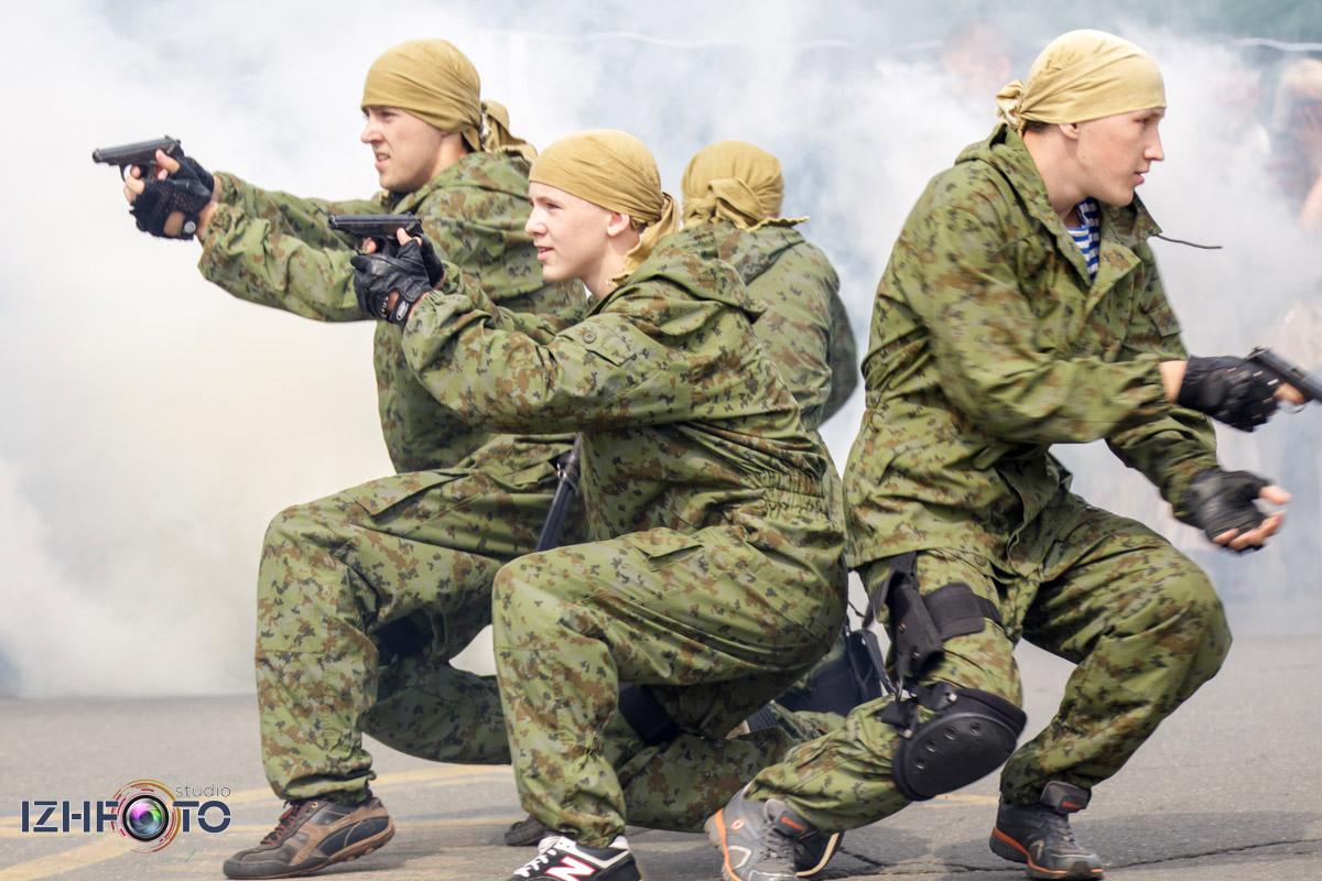 Празднование дня ВМФ в Ижевске Фото