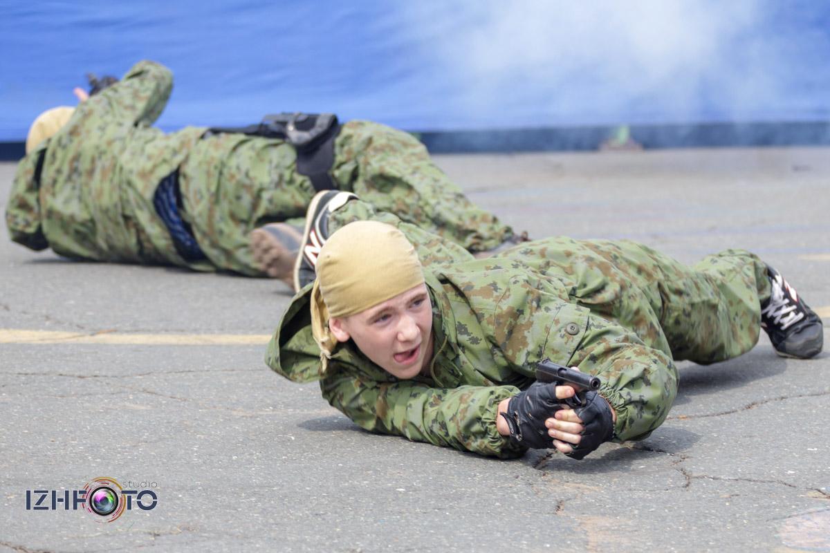 Празднование дня ВМФ в Ижевске, показательная программа