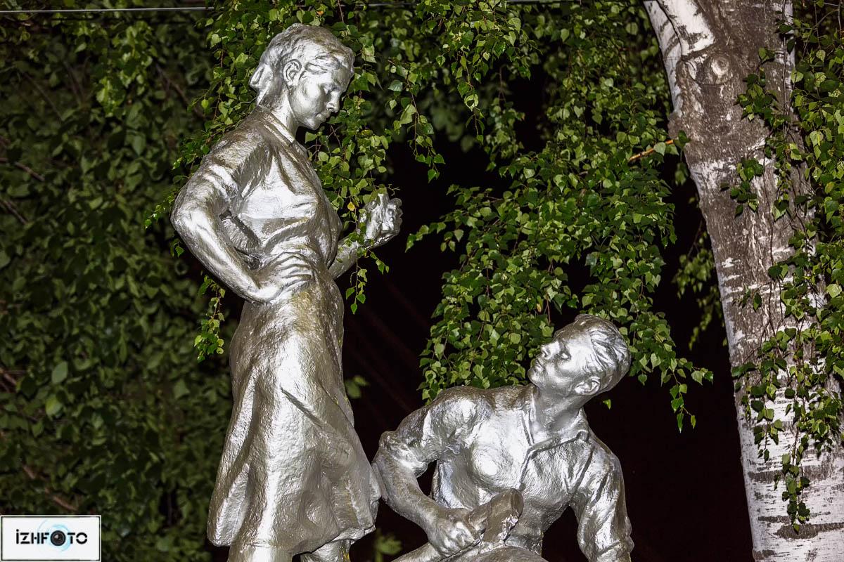 Известный всем фонтан в летнем саду им.Горького