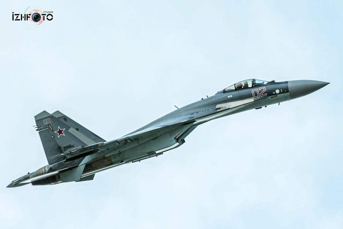 Су-35 - многоцелевой сверхманёвренный истребитель поколения 4++