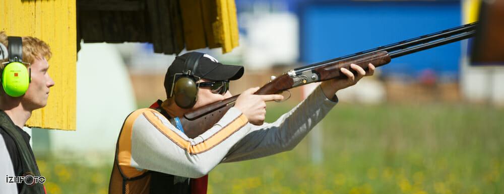 Стендовая стрельба Фото