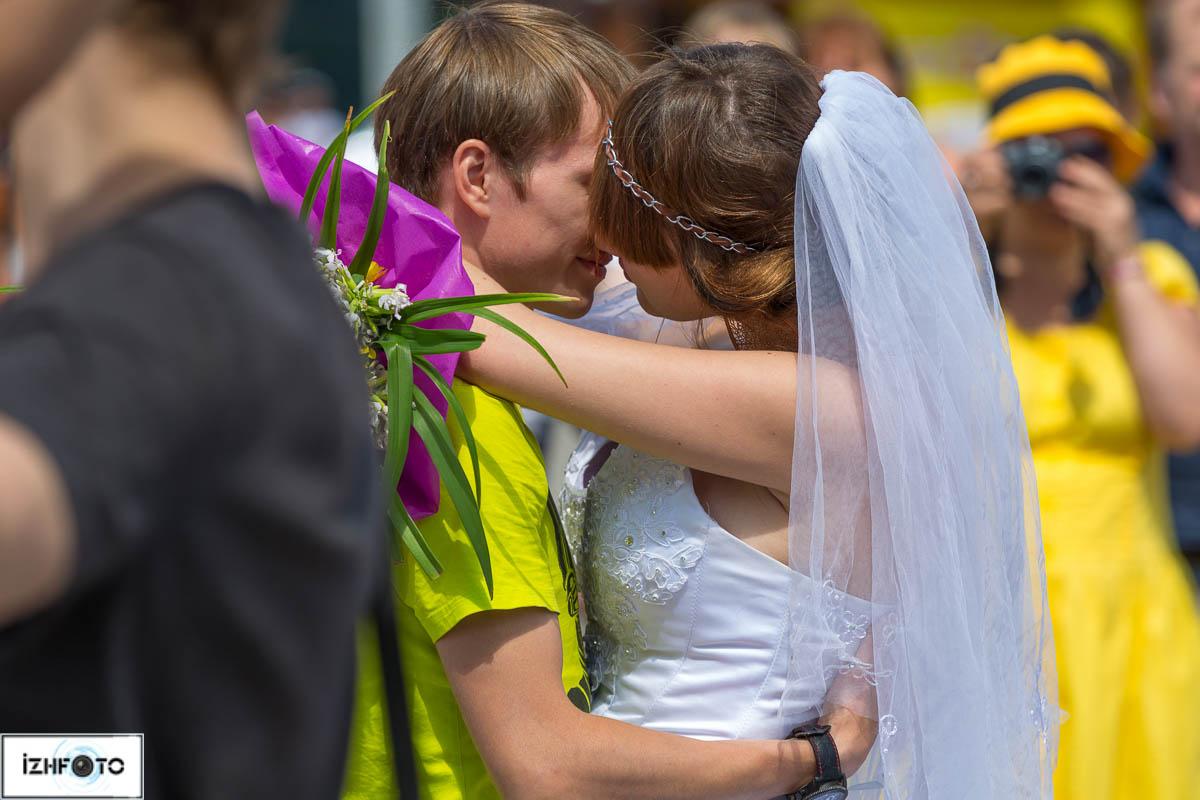 Свадебный танец невесты и жениха