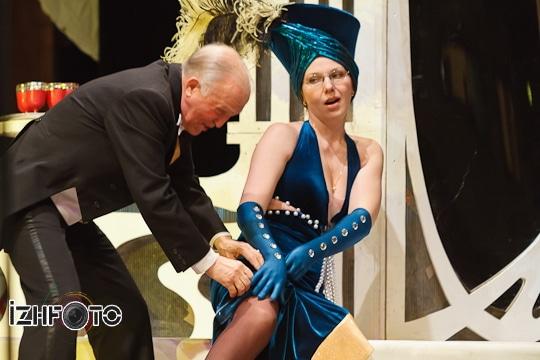 Премьера оперетты Веселая вдова