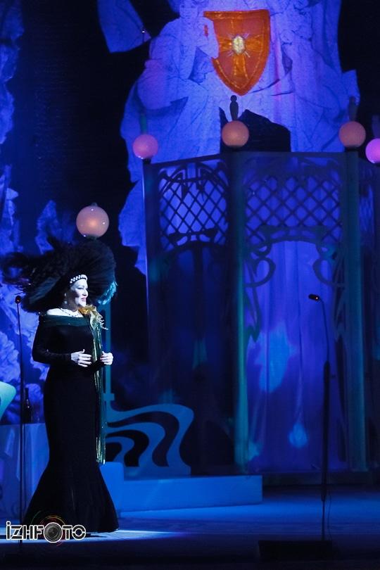 Веселая вдова спектакль Ижевск