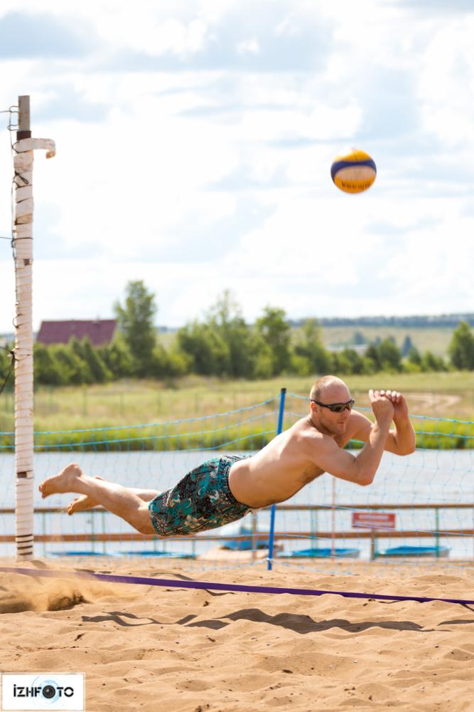 Соревнования по пляжному волейболу в Ижевске