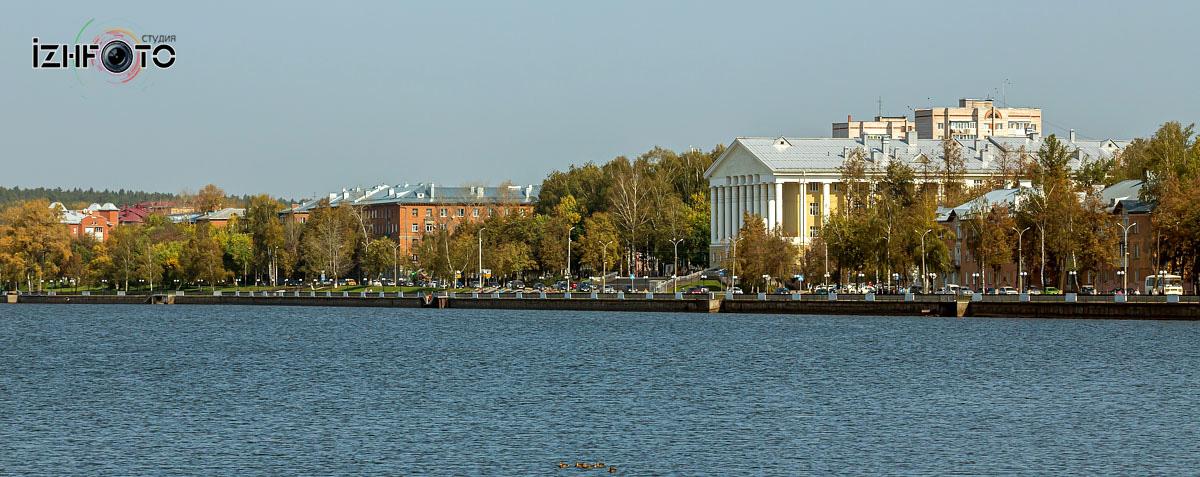 Фото набережной пруда Воткинск