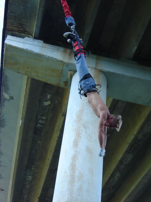 bungee-jumping-10