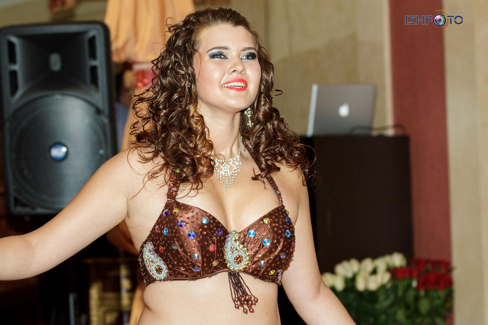 Занятия восточными танцами в Ижевске