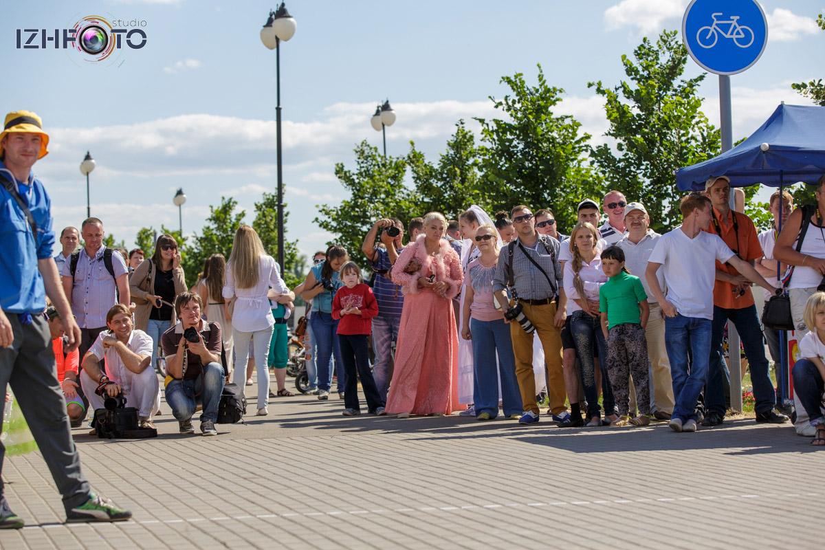 Бегущие невесты Ижевска