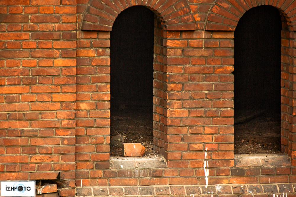 Фотографии заброшенных зданий Ижевска